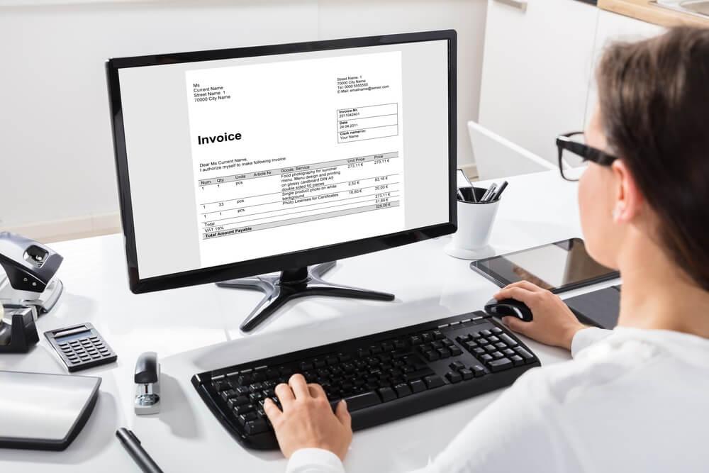 Web請求書システムの基本機能
