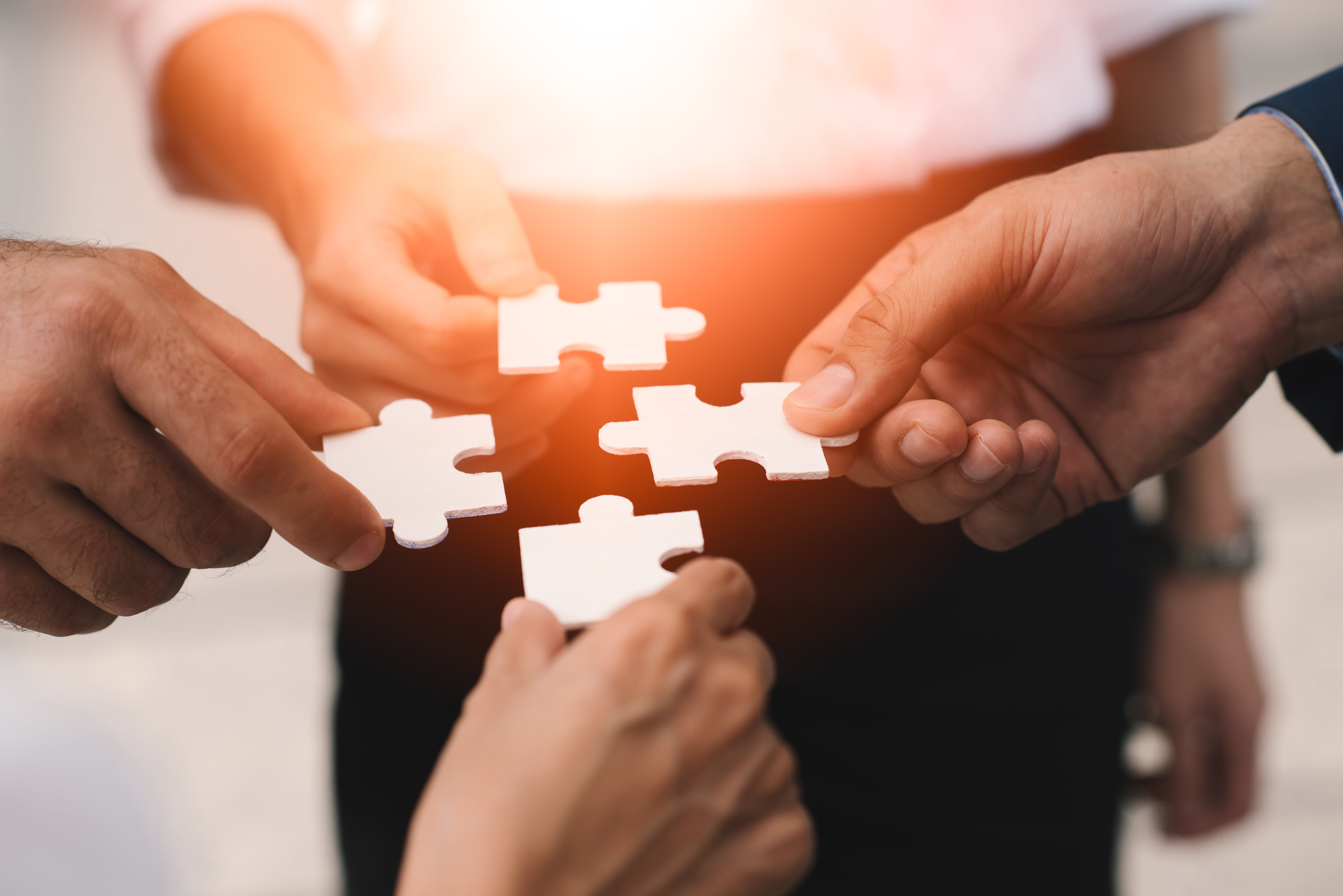 ERP(統合基幹業務システム)とMES(製造実行システム)の違いは? 本当に導入すべきシステムを整理