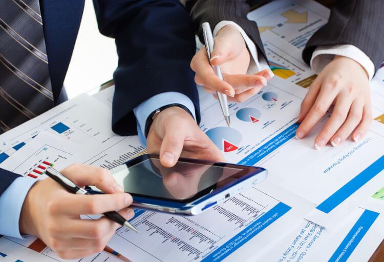 管理連結とは?重要性や課題、効率化するシステム選びのポイントを解説