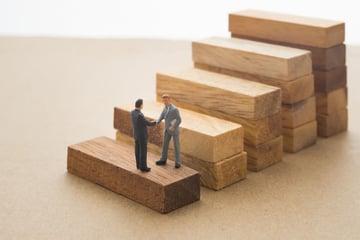 中小企業庁が策定した事業承継5ヶ年計画を簡単解説